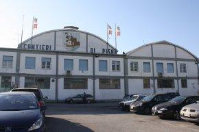 Mozione urgente: Sostegno ai lavoratori dei Cantieri Navali di Pisa
