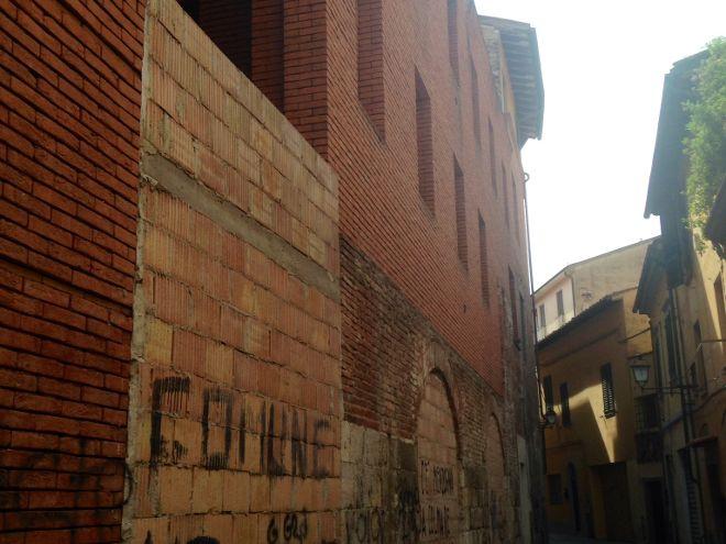 Interpellanza: Possibili conseguenze relative al bando per la vendita della Mattonaia