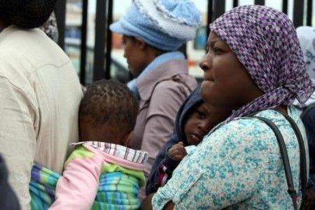 Mozione Urgente: Basta morti nel Mediterraneo. Diritto di asilo e accoglienza per tutte e tutti