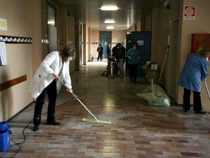 Servono tutele per i diritti e il salario delle lavoratrici dell'appalto di pulizia degli uffici comunali